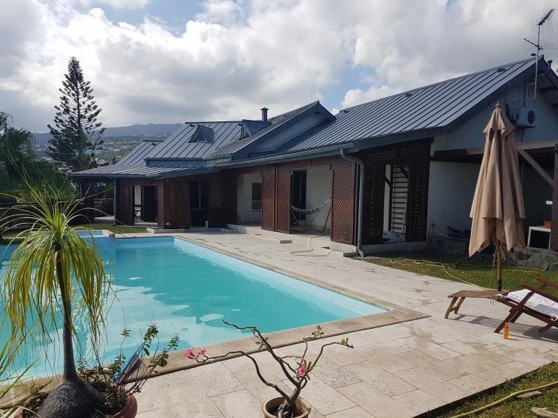 Deluxe sale house / villa La possession 725000€ - Picture 3
