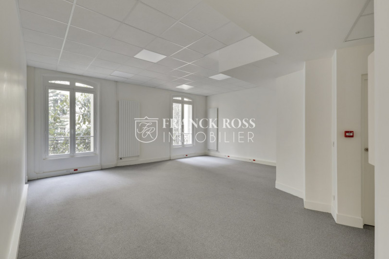 Rental office Paris 17ème 17 083€ HC - Picture 6