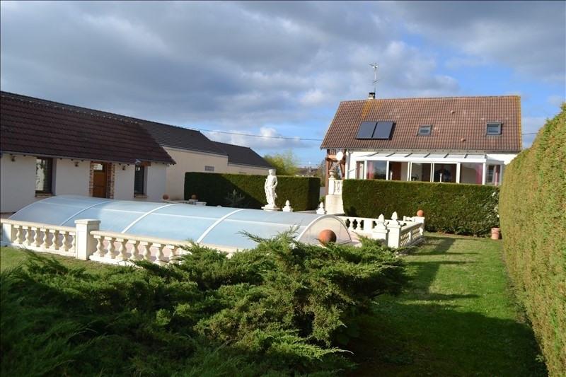 Sale house / villa Appoigny 253000€ - Picture 1