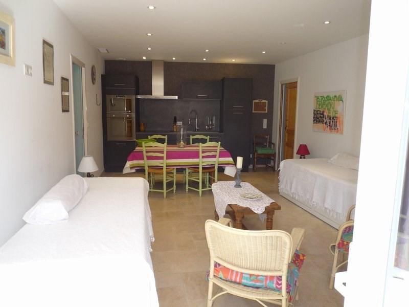 Location appartement Jonquieres 480€ CC - Photo 1