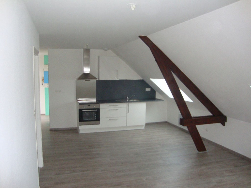 Rental apartment Aire sur la lys 440€ CC - Picture 1