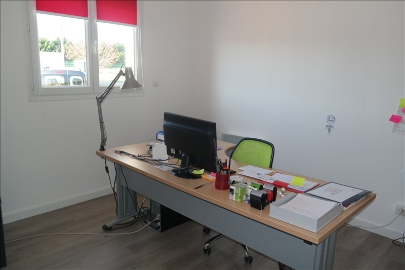 Location local commercial Bessens 1 700€ HT/HC - Photo 3