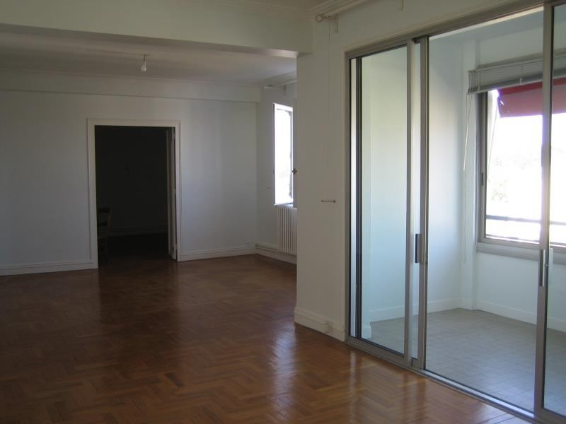 Rental apartment Perigueux 950€ CC - Picture 1