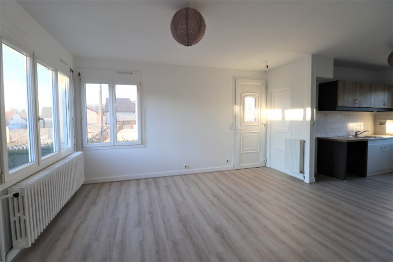Location maison / villa St luperce 695€ CC - Photo 1