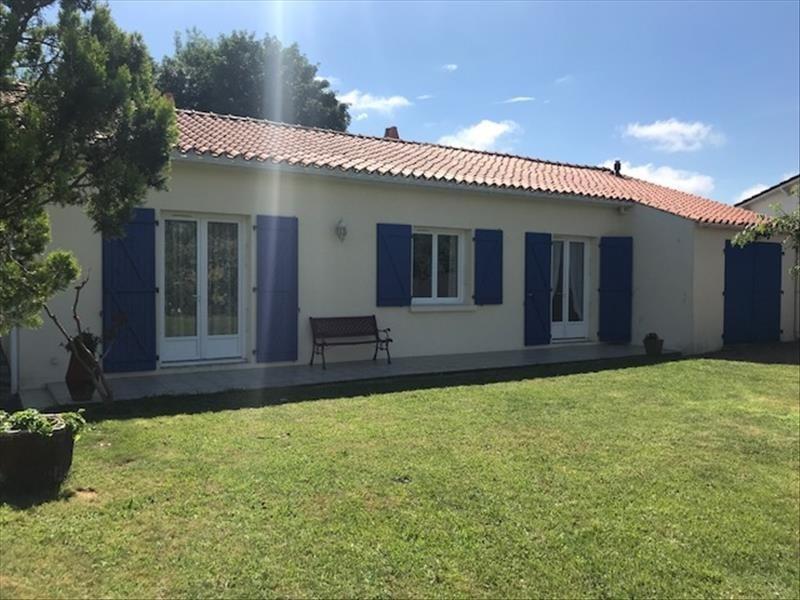 Sale house / villa Angles 266250€ - Picture 2