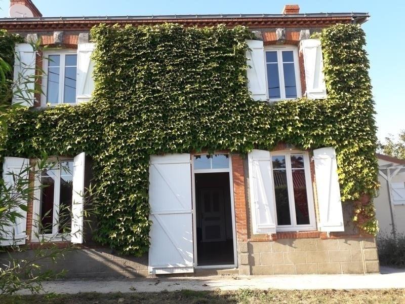 Sale house / villa Vallet 326900€ - Picture 1