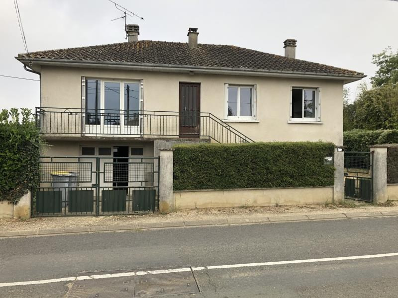 Vente maison / villa St benoit 136 000€ - Photo 1