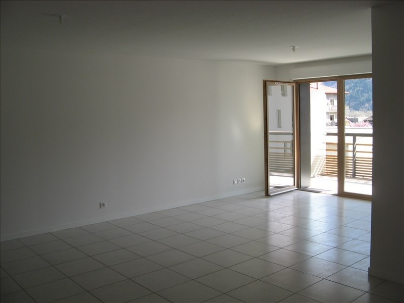 Location appartement Sallanches 788€ CC - Photo 1