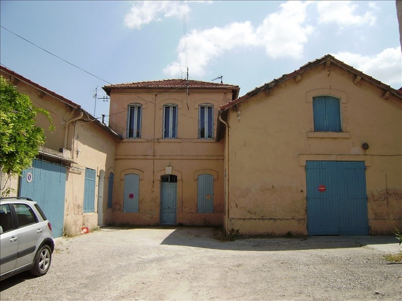 Sale building Salon de provence 943 200€ - Picture 1
