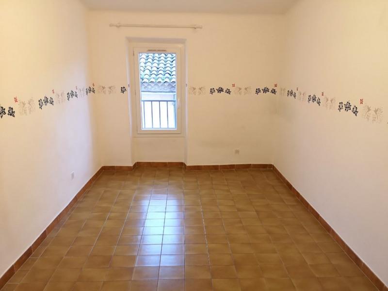Rental apartment Les milles 891€ CC - Picture 4