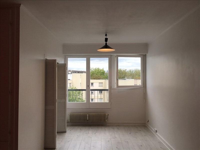 Rental apartment Paris 14ème 990€ CC - Picture 1