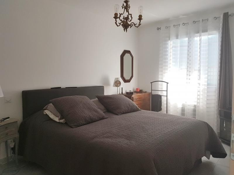 Location maison / villa Salon de provence 1 200€ CC - Photo 5