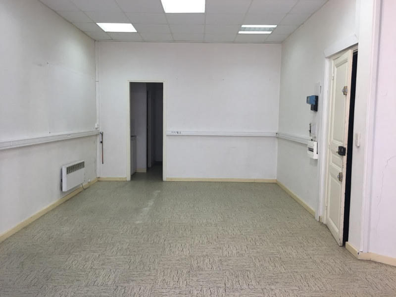 Location local commercial Asnieres sur seine 870€ CC - Photo 2