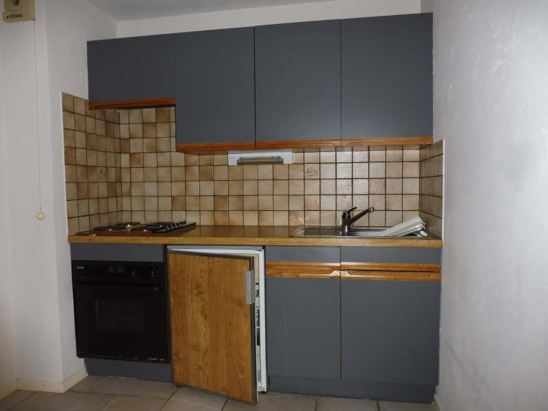 Location appartement Sallanches 581€ CC - Photo 4