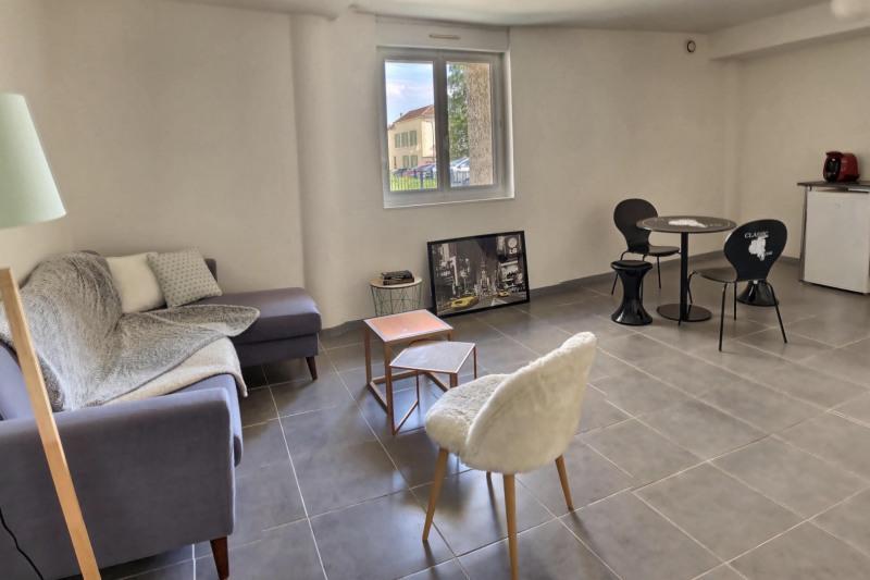 Sale apartment Reims 99500€ - Picture 1
