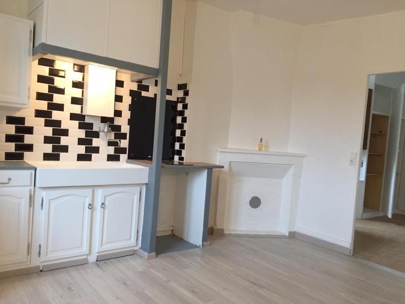 Rental apartment Ferrieres en brie 660€ CC - Picture 2