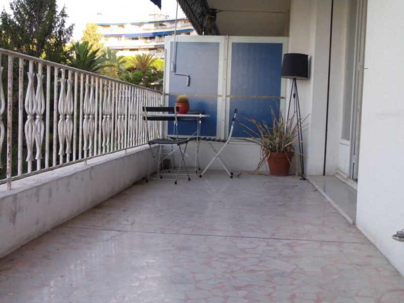 Rental apartment Nice 830€ CC - Picture 2