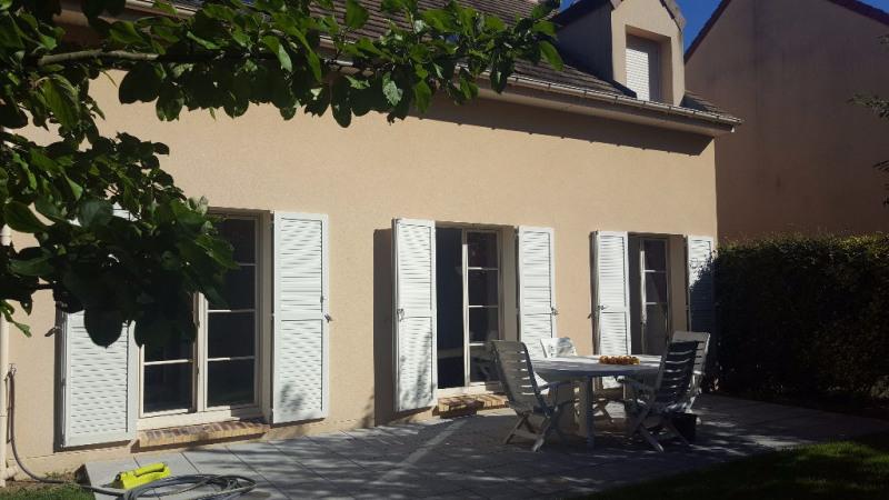 Rental house / villa Chambourcy 2650€ CC - Picture 1