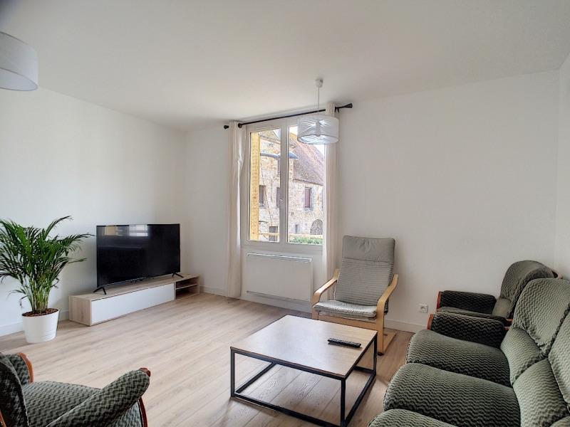 Sale apartment Melun 250000€ - Picture 2