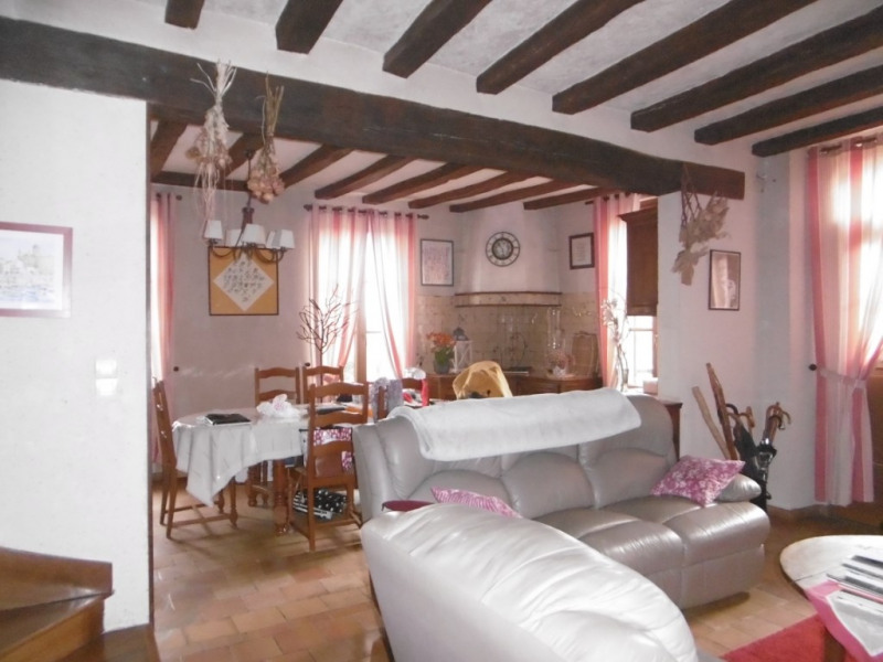Sale house / villa Montoire sur le loir 147000€ - Picture 2