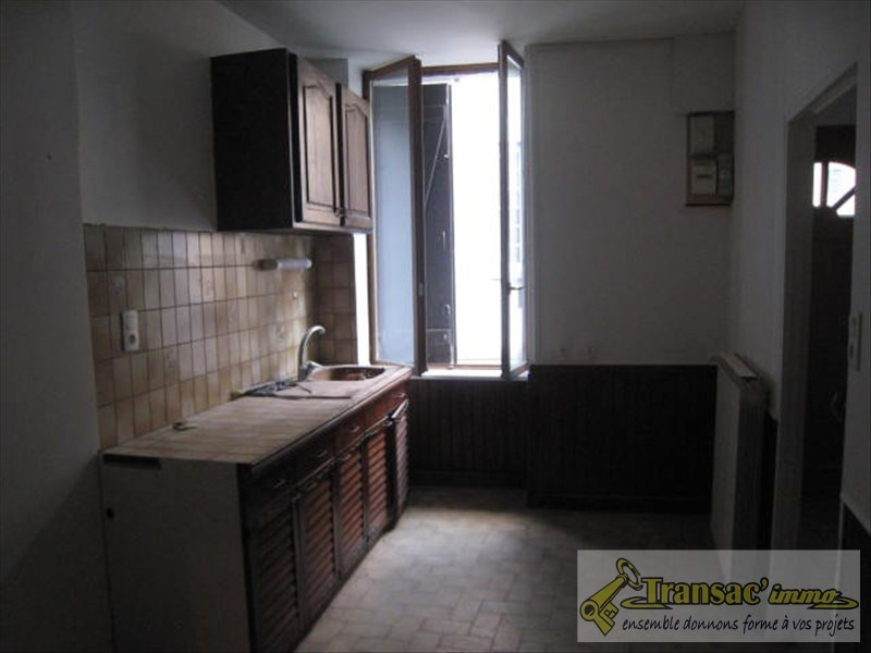 Sale house / villa Puy guillaume 65400€ - Picture 5