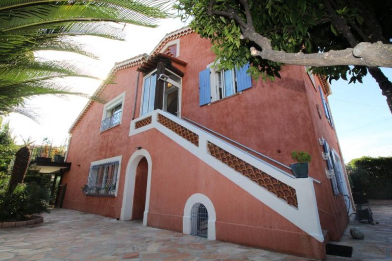 Deluxe sale house / villa Villeneuve loubet 865000€ - Picture 2
