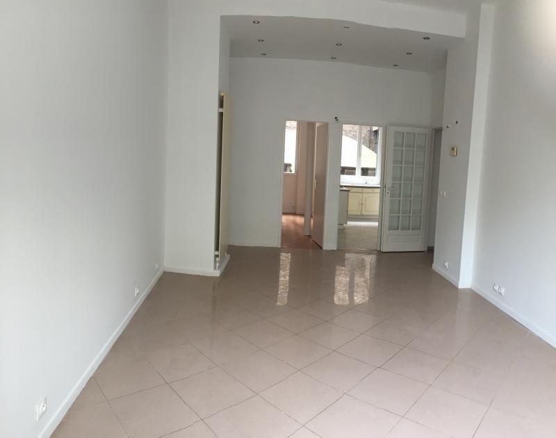 Vente appartement Paris 10ème 580000€ - Photo 1