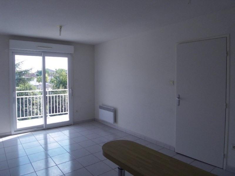 Rental apartment Cognac 383€ CC - Picture 3