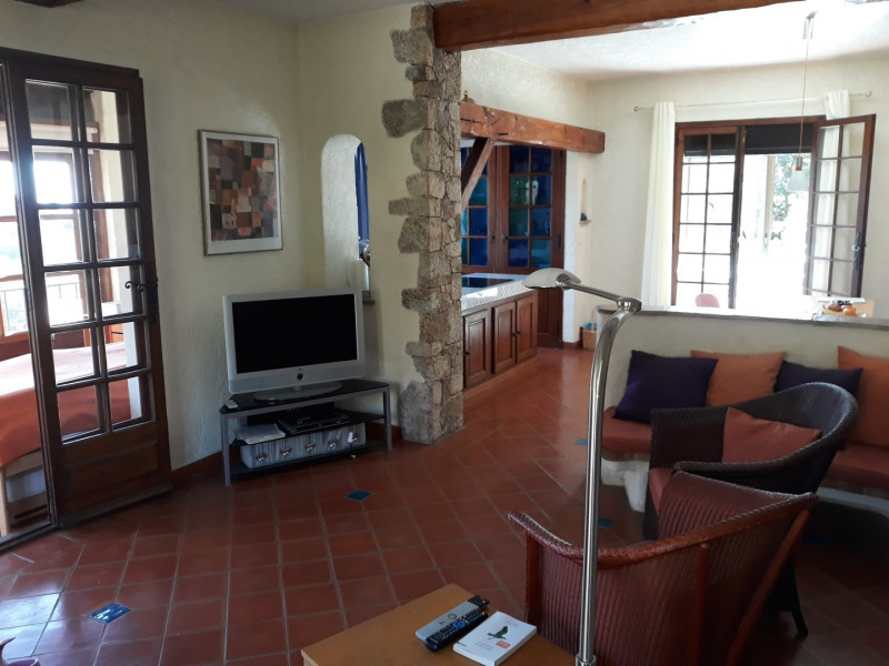 Vacation rental house / villa Les issambres 1 200€ - Picture 9