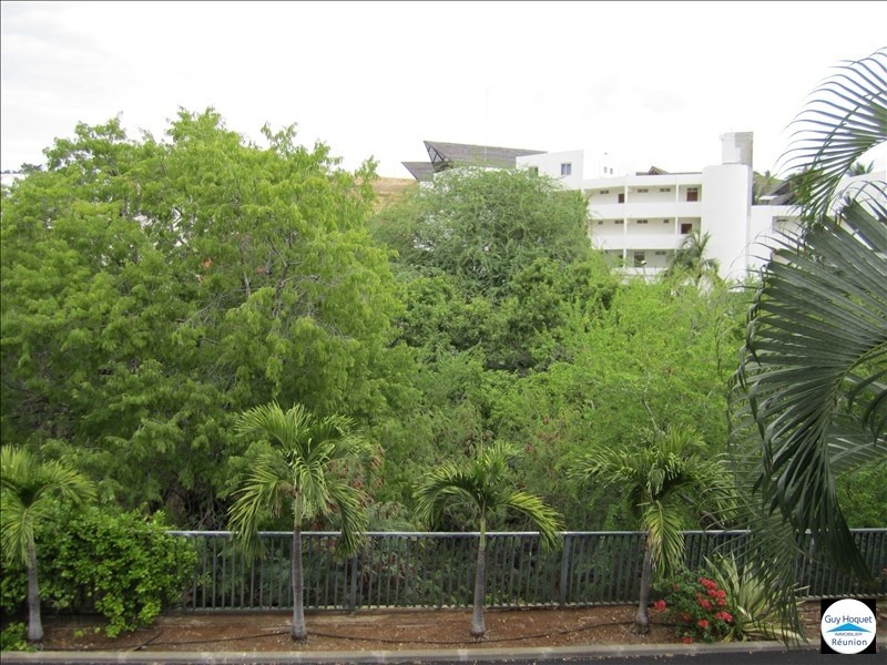 Investment property apartment St gilles les bains 105000€ - Picture 3
