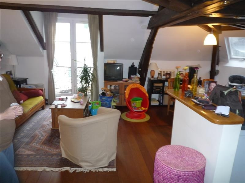 Rental apartment Garches 1 366€ CC - Picture 1