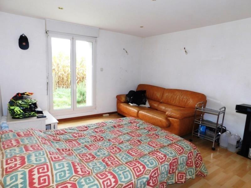 Sale house / villa Lecousse 187200€ - Picture 7
