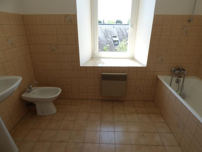Rental house / villa St servais 500€ CC - Picture 4