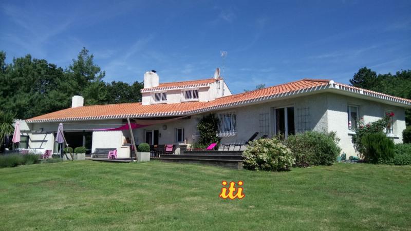 Vente de prestige maison / villa Chateau d olonne 694000€ - Photo 1