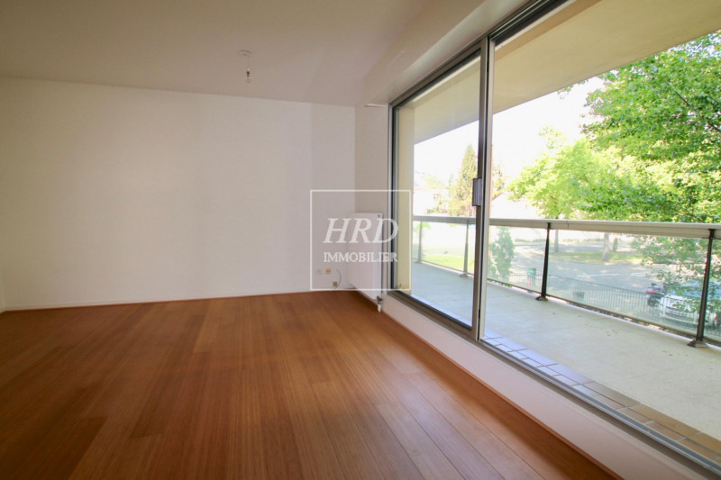 Location appartement Strasbourg 1 065€ CC - Photo 1