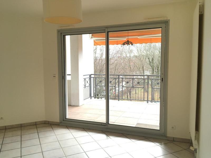 Location appartement Villefranche 798,83€ CC - Photo 3