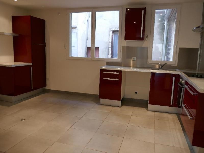 Sale apartment Nantua 130 000€ - Picture 2