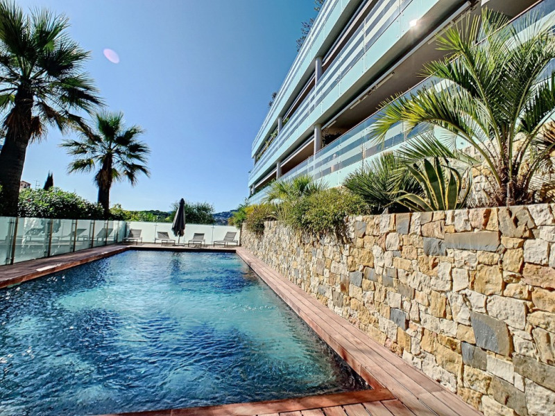 Deluxe sale apartment Antibes 995000€ - Picture 11