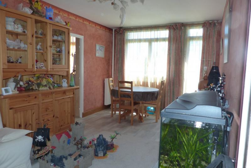 Sale apartment Villemomble 184000€ - Picture 1