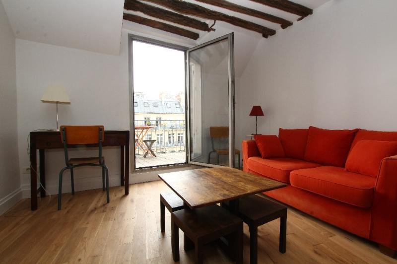 Location appartement Paris 6ème 1580€ CC - Photo 2