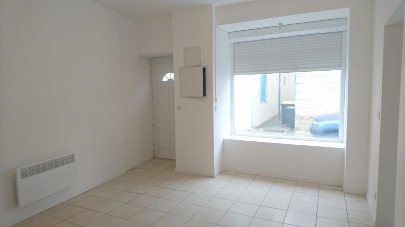 Location appartement Mortagne sur gironde 490€ CC - Photo 3