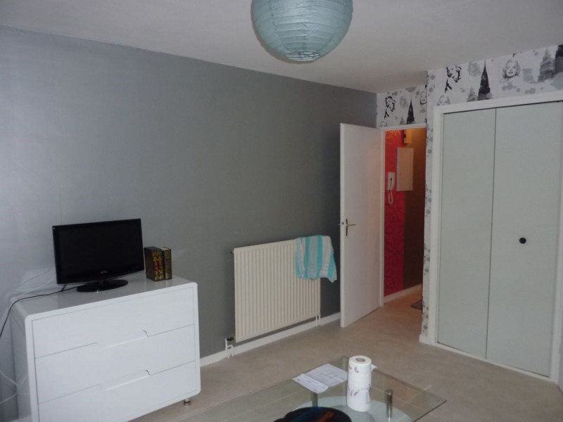 Rental apartment Pontivy 280€ CC - Picture 1