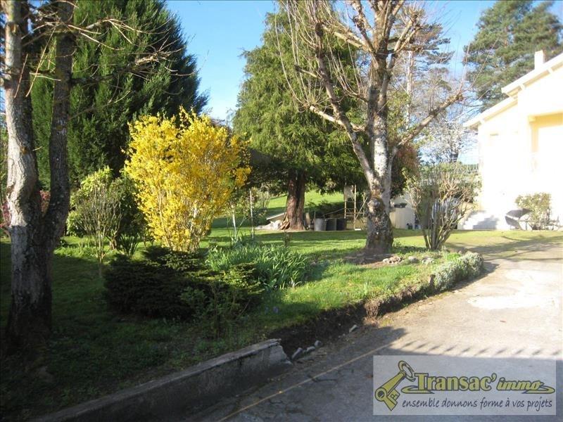 Sale house / villa St priest bramefant 199280€ - Picture 2