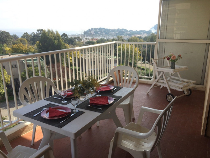 Vacation rental apartment Cavalaire sur mer 500€ - Picture 2