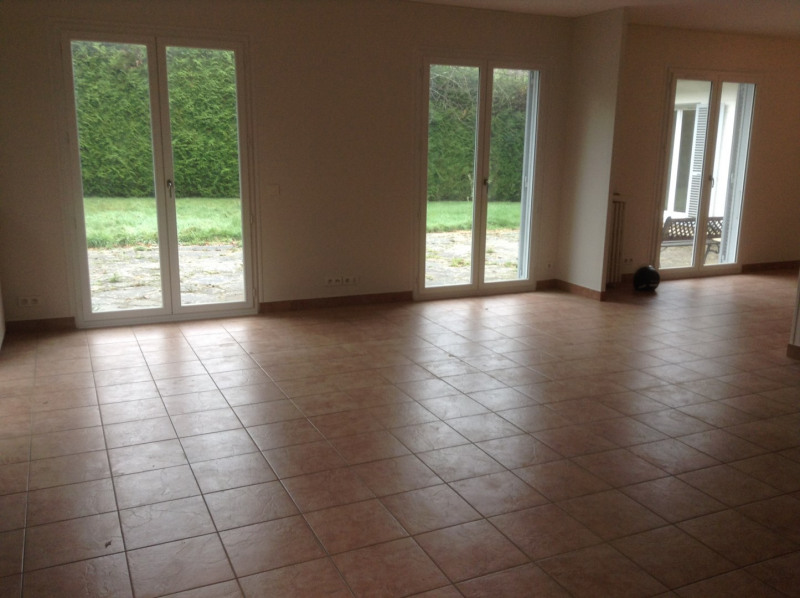 Location maison / villa La celle-saint-cloud 4 500€ CC - Photo 3