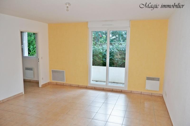 Location appartement Bellegarde sur valserine 659€ CC - Photo 2