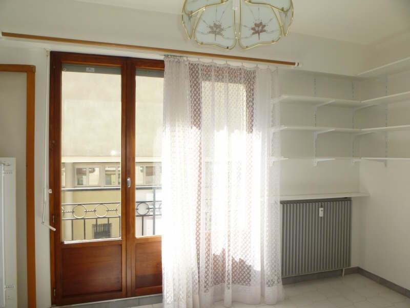 Location appartement Nimes 403€ CC - Photo 2