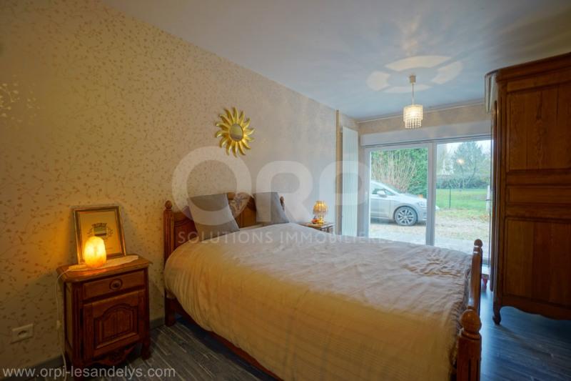 Sale house / villa Les andelys 252000€ - Picture 8