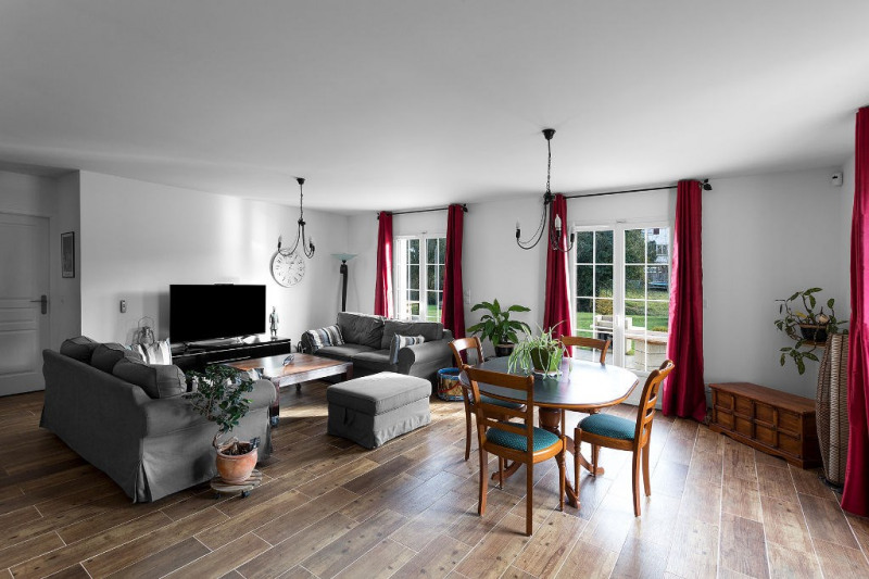Sale house / villa Goincourt 384000€ - Picture 1