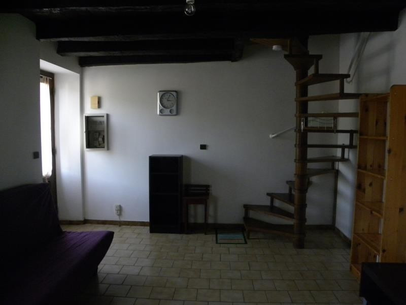Rental apartment St jean pied de port 420€ CC - Picture 2